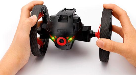 Diferentes modos de pilotaje del mini dron de Parrot